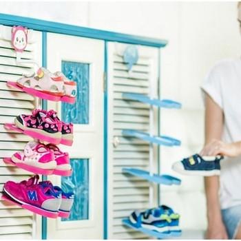 Въртяща се стойка за детски обувки