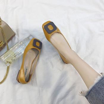 Модерни дамски обувки от еко кожа в два цвята