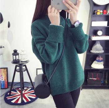 Ежедневен дамски пуловер с висока яка в няколко цвята