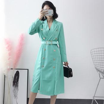 Κομψό μακρύ γυναικείο παλτό σε δύο χρώματα με ζώνη - Badu.gr Ο ... b24fcafc5a6