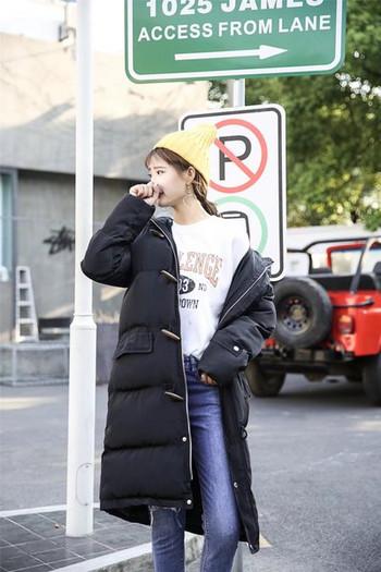 Μοντέρνο μακρύ γυναικείο μπουφάν σε τρία χρώματα