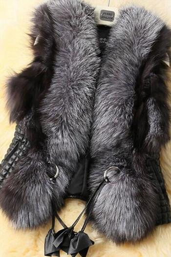 Дамски модерен елек с еко кожа и пух в тъмен цвят