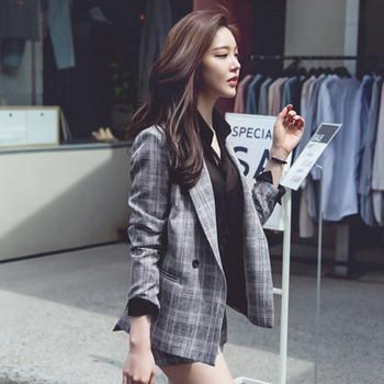 14d4957723c Дамски комплект - сако и къси панталони - Badu.bg - Светът в ръцете ти