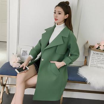 Μοντέρνο γυναικείο παλτό με κολάρο σε σχήμα V σε πράσινο χρώμα ... e3dfbb6d112
