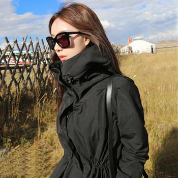 Стилно дамско яке в черен цвят