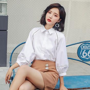 Стилна дамска риза в бял цвят