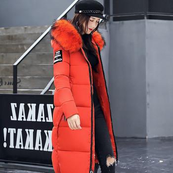 Γυναικείο  μακρύ μπουφάν για το χειμώνα με κουκούλα και χρωματιστό χνούδι