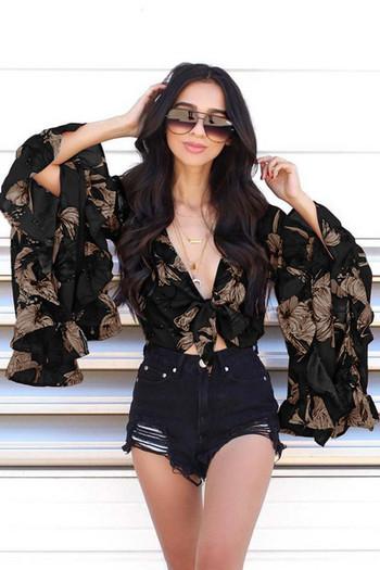 Стилна дамска риза къс модел с дълбоко V- образно деколте и лотос ръкав в два  цвята