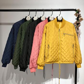 Γυναικείο μπουφάν για το φθινόπωρο και το χειμώνα σε διαφορετικά χρώματα