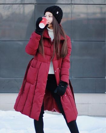 ΝΕΟ Μοντέρνο γυναικείο μπουφάν με μακριά μανίκια και τσέπες σε κόκκινο και μαύρο χρώμα