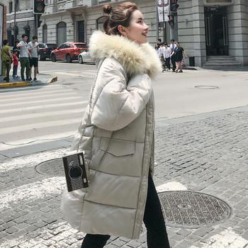 Γυναικείο  μπουφάν  με κουκούλα και χνούδι σε λευκό και μαύρο χρώμα