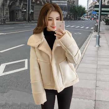 Γυναικείο κομψό παλτό σε δύο χρώματα - Badu.gr Ο κόσμος στα χέρια σου b424245c50e