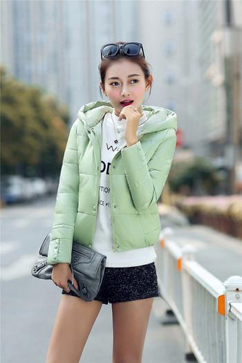 Γυναικείο κομψό μπουφάν με κουκούλα σε δύο χρώματα