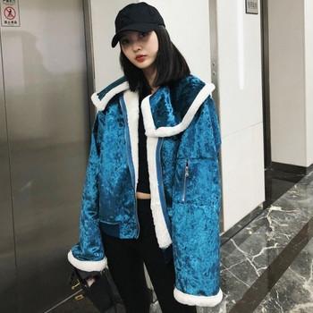 Μοντέρνο γυναικείο μπουφάν βελούδο με φαρδιά μανίκια σε δύο χρώματα