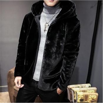 Нов модел мъжко пухено палто в черен цвят - три модела
