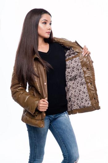 Νέο μοντέλο φθινόπωρο-χειμωνιάτικο γυναικείο μπουφάν σε καφέ χρώμα
