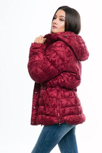 Μοναδικό χειμωνιάτικομπουφάν  σε μπορντό χρώμα