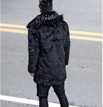 Мъжко пухено палто в черен цвят