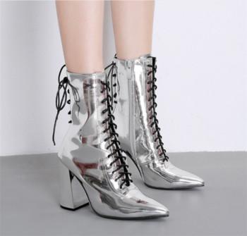 51862c2c5cf Уникални дамски боти с дебел 10 см ток в сребрист и черен цвят ...