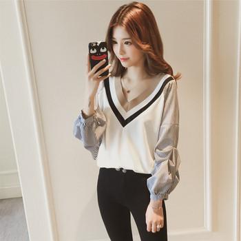 Дамска модерна риза с V-образно деколте в два цвята