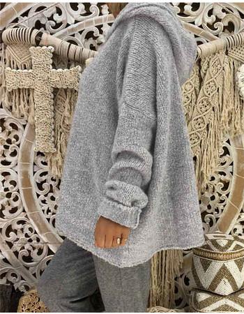 Ежедневен дамски пуловер с качулка в сив цвят