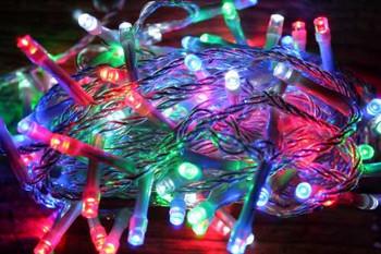 СВЕТЕЩА ВЕРИГА СЪС 120 ЦВЕТНИ LEDs