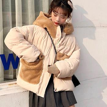 Καθημερινό γυναικείο μπουφάν με αφράτη κουκούλα και τρισδιάστατο στοιχείο σε δύο χρώματα