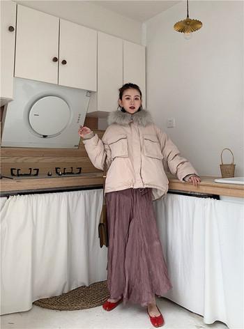 Μοντέρνο κοντό μπουφάν με ροζ  χρώμα