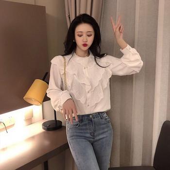 fe52f4d564aa Μοντέρνο γυναικείο πουκάμισο με δαντέλα σε λευκό και μαύρο χρώμα ...