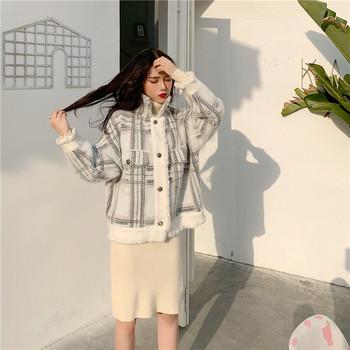 Κομψό γυναικείο παλτό με μαλακή επένδυση σε δύο χρώματα - Badu.gr Ο ... 8040dcb092c