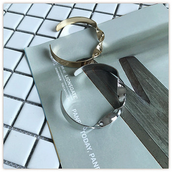Стилна дамска метална гривна в златист и сребрист цвят