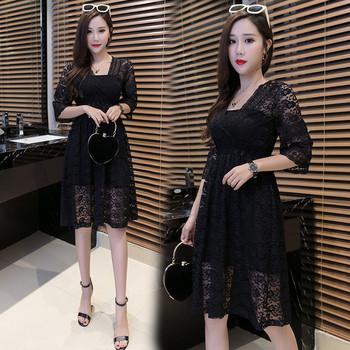 Модерна дамска дантелена рокля разкроен модел с 3/4 ръкав в няколко цвята
