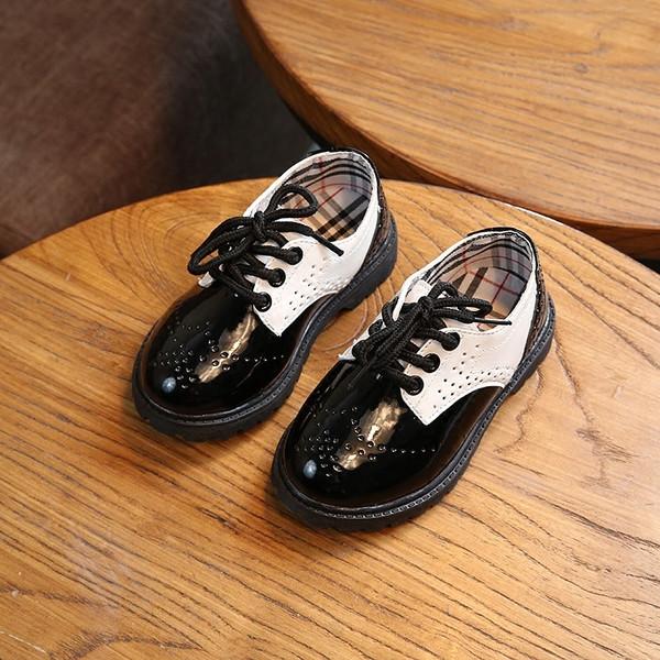 Καθημερινά παιδικά παπούτσια για κορίτσια οικολογικού δέρματος σε μαύρο  χρώμα - Badu.gr Ο κόσμος στα χέρια σου 1cd7ffe9e35
