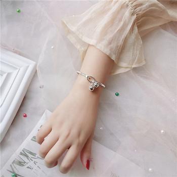 Дамска ежедневна гривна с висулки в сребрист цвят