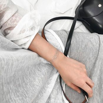 Ежедневна дамска гривна в сребрист цвят
