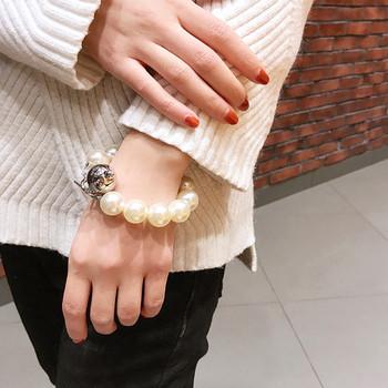 Дамска модерна гривна с декоративни перли