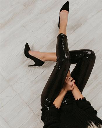 Нов модел дамски клин с пайети в черен и сив цвят