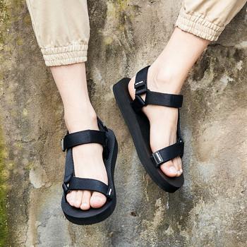 Ежедневни мъжки сандали в черен цвят