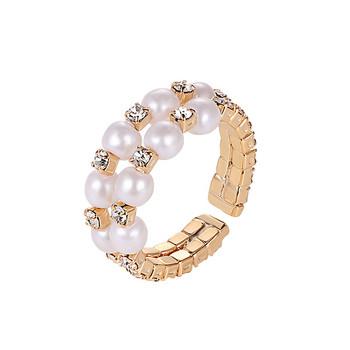 Стилен дамски пръстен с перли и камъни