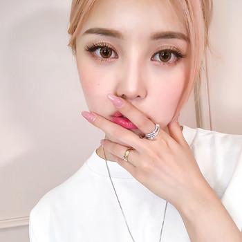 Дамски стилен пръстен с камъни в сребрист цвят
