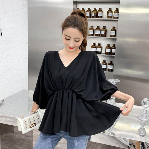 ea2a4f7df01a Μοντέρνα γυναικεία μπλούζα με ντεκολτέ σε σχήμα V σε τρία χρώματα 137090 -  Badu.gr Ο κόσμος στα χέρια σου
