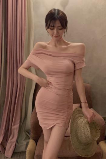 Γυναικείο φόρεμα σε μπλε και ροζ χρώμα με κοντά μανίκια
