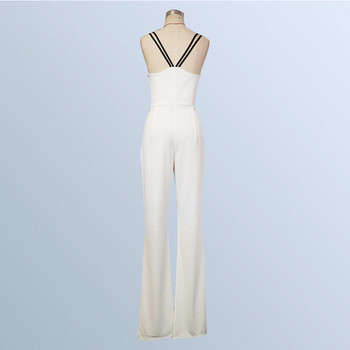 Κομψή γυναικεία ολόσωμη φόρμα σε λευκό χρώμα και λεπτούς ιμάντες