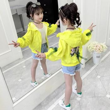 Μοντέρνο παιδικό μπουφάν σε δύο χρώματα για κορίτσια