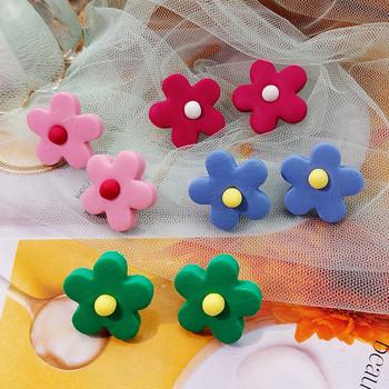 Дамски ежедневни обеци в шест цвята