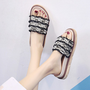 Модерни дамски чехли с перли в два цвята