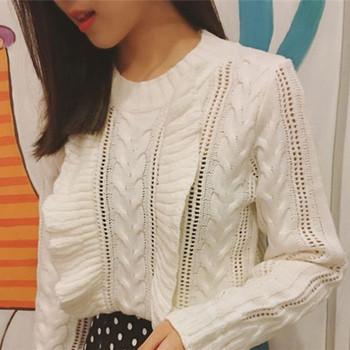 Стилен пуловер за дамите в три цвята с О-образна яка