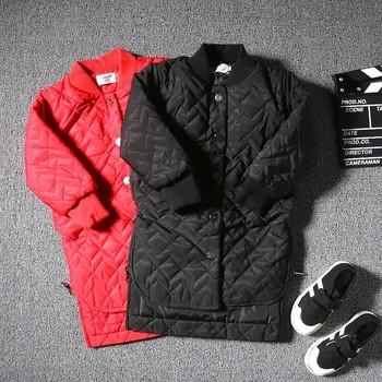 a44af507325 Σπορ-κομψό χειμωνιάτικο σακάκι για αγόρια, μακρύ σχέδιο σε κόκκινο και μαύρο  χρώμα