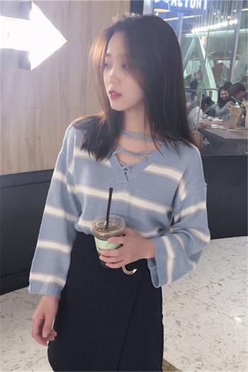 Дамски есенно-зимен  пуловер с връзки в два цвята