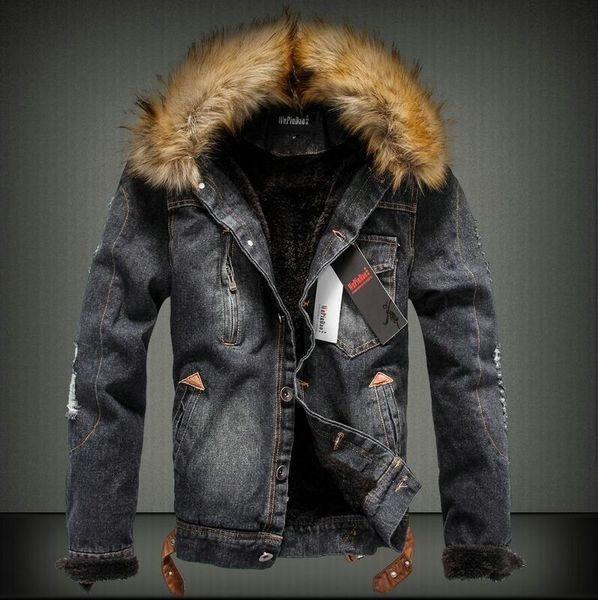 Ανδρικό τζιν μπουφάν με γούνα και κολάρο - Badu.gr Ο κόσμος στα χέρια σου bd7d0048b6d